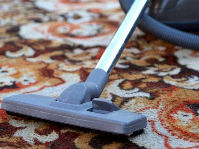 Чистка ковров в домашних условиях.